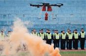 高校设无人机警务驾驶课程