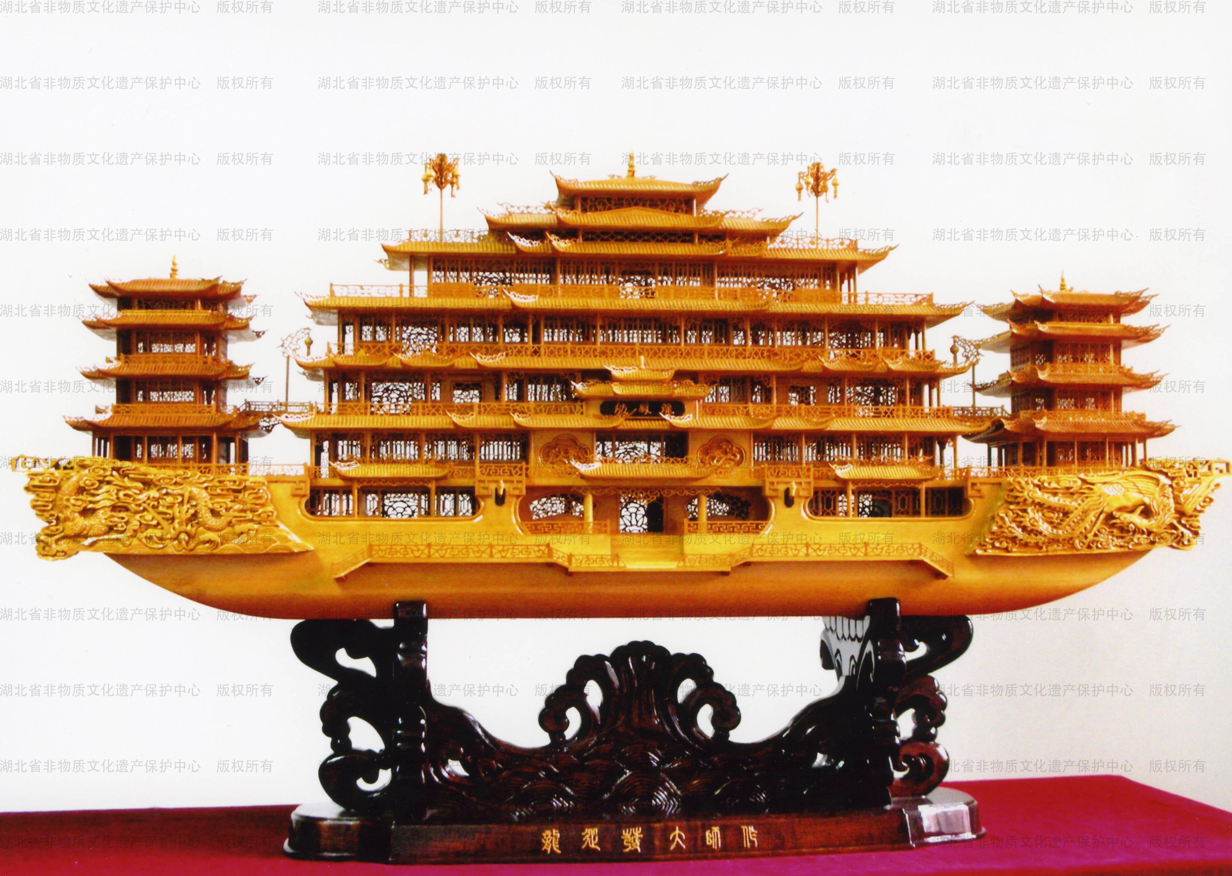 武汉木雕船模不仅具有观赏价值