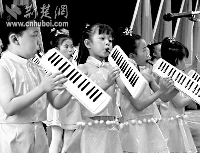 口风琴教学口风琴按键教程图小星星口风琴简谱; 口风琴简谱