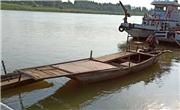蔡甸区光明码头两艘渔船在禁渔期内乱捕鱼