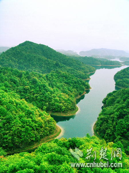 九江市云居山-柘林湖国家重点风景名胜区(庐山西海),位于江西省北部