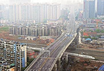 武汉天河机场第二高速出城段27日通车