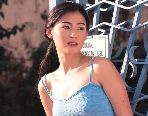女神张柏芝如今37岁了