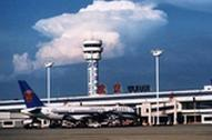 祭扫与赶飞机车流叠加 进出天河机场可绕行2条新路