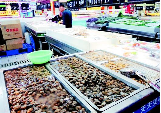 东部沿海禁渔期逐步结束 海鲜大量上市比吃小龙虾划算