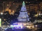意大利现巨大圣诞树装饰
