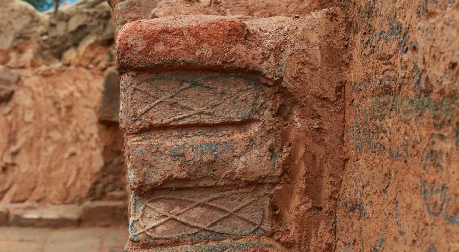 发现东汉末年砖式古墓