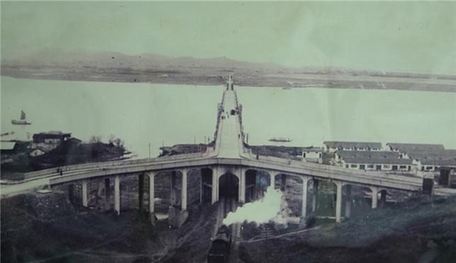 钱塘江大桥迎80岁生日
