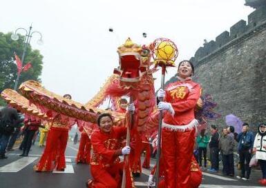 艺人街头游演民间文化
