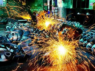 谷城铸造企业产销爆增