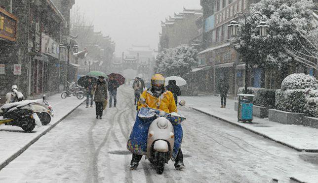 快看!大雪袭湖北