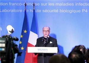 法国总理卡泽纳夫旋风访汉