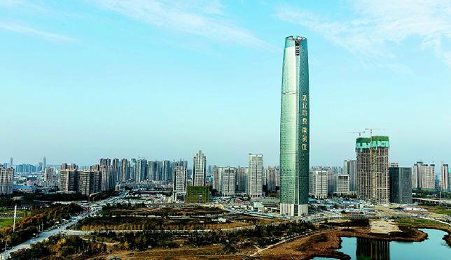 武汉中心大厦进冲刺阶段