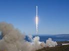 """美""""猎鹰9""""火箭重返太空"""