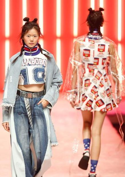 """中国国际时装周打造""""时尚实验室"""""""