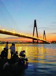武汉最美长江夜景出炉
