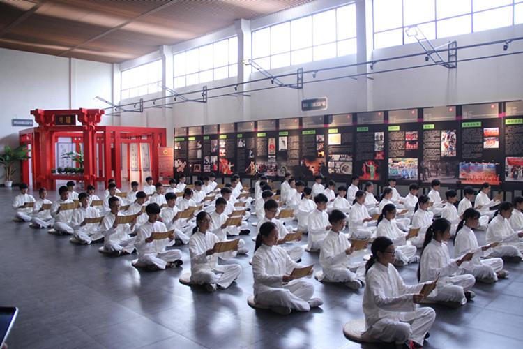 """[荆州行]20多位大师集中授课 开启中国非遗保护""""荆州模式"""""""