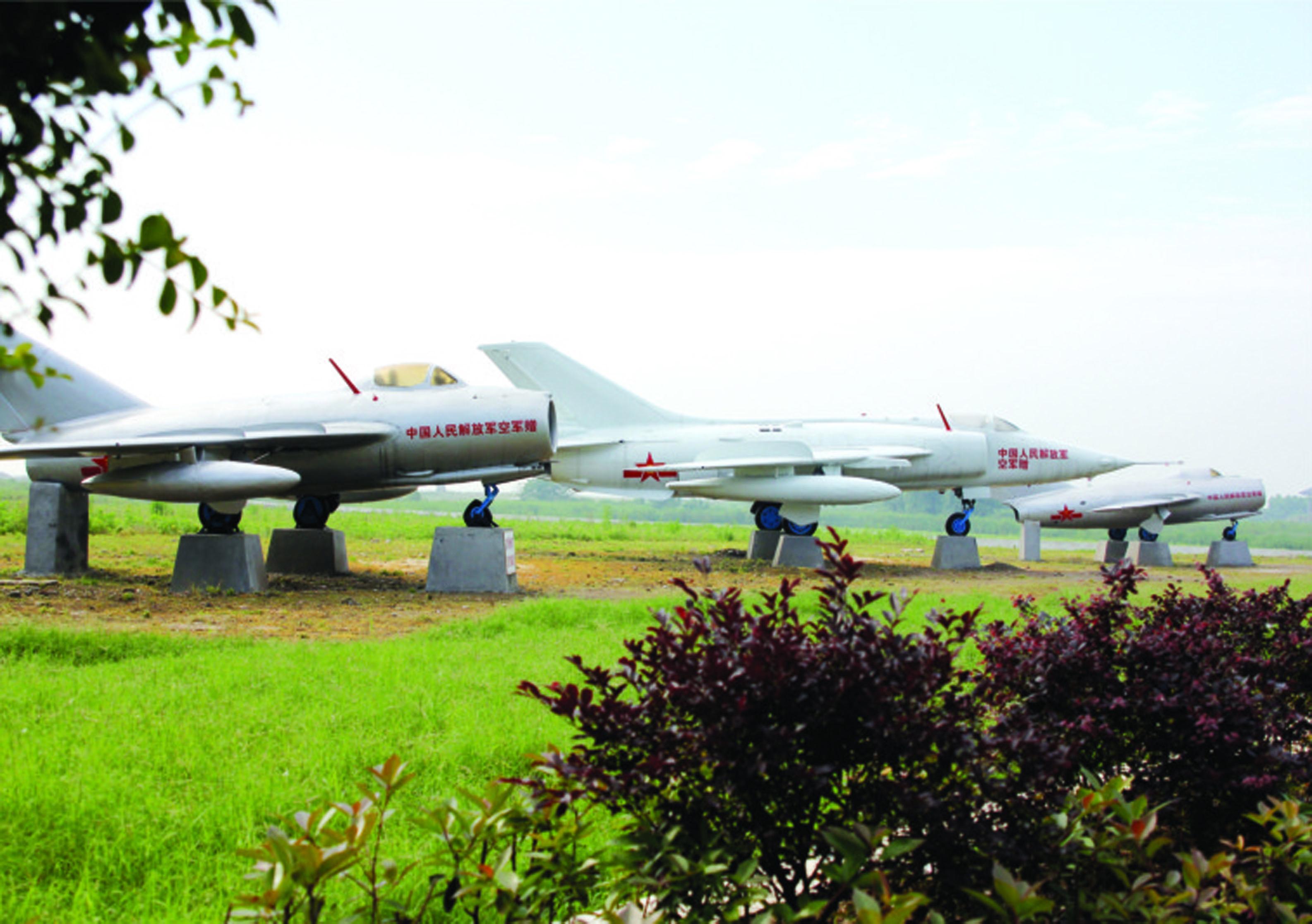 洪湖-国防教育园